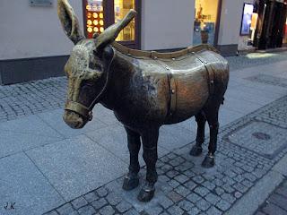 http://www.torun.turystyka.pl/zabytki-i-ciekawe-miejsca/53-torunski-osiolek.html