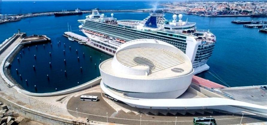 Porto Cruise reabre para cruzeiros com algumas restrições