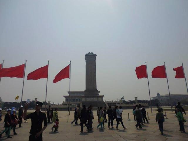 Monumento a los Héroes del Pueblo (Plaza Tian'anmen) (Beijing) (@mibaulviajero)