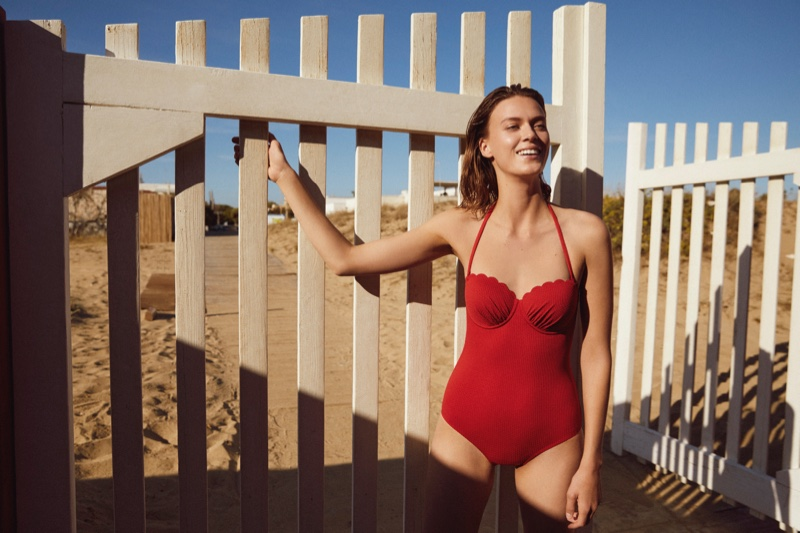 Tess Hellfeuer models Esprit swim spring-summer 2021 collection.