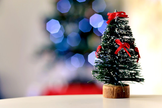 Mini Merry Christmas Tree