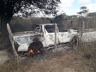 Bandidos matam comerciante para tomar pickup, mas veículo é encontrado incendiado