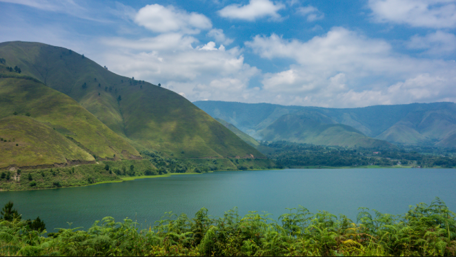 The beauty that is stored behind the story of Lake Toba