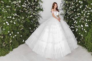Ninh Dương Lan Ngọc hóa công chúa với váy cưới xoè bồng