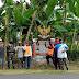 Peringati Hari Lahirnya Pancasila, Babinsa Desa Kepanjen Koramil 0824/20 Gumukmas Bersama Masyarakat Bersihkan Tugu Pancasila