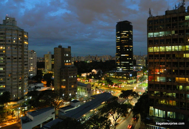Vista da janela do apartamento do hotel Radisson Blu São Paulo, na Faria Lima
