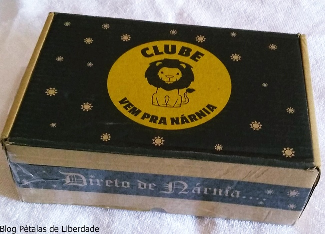 Unboxing, caixa-assinatura, Clube-Vem-Pra-Narnia, blog-literario, blog-literario-petalas-de-liberdade