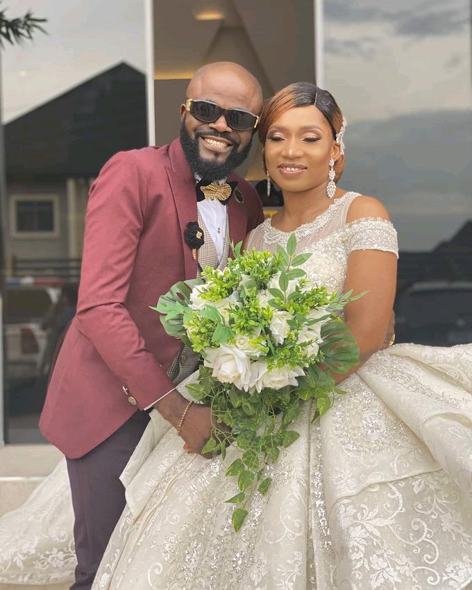 Comic Actor, Longinus Anokwute (Chief Imo) & Wife Celebrates 10 Years Marriage Anniversary.