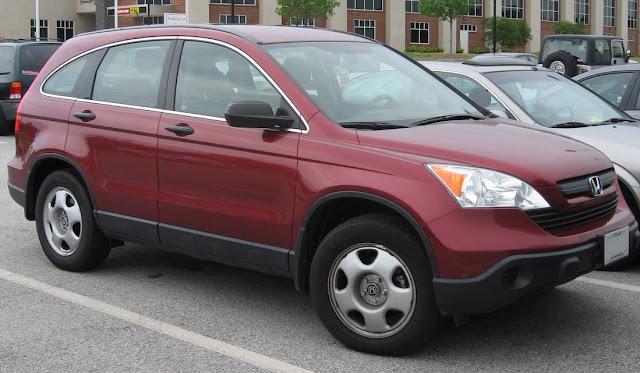 Tips Beli Mobil Bekas Tahun Tua Secara Aman