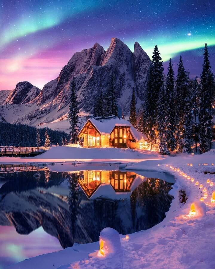 02-Cabin-on-the-lake-Diego-Hernandez-www-designstack-co