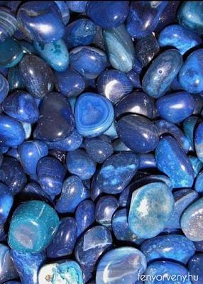 Kristálygyógyászat/Gyógyító kövek: Kék achát