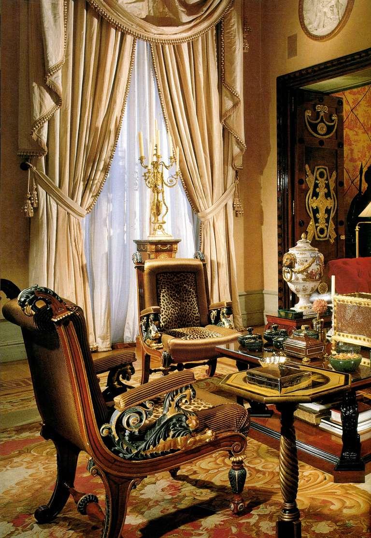 Tweedland the gentlemen 39 s club in memoriam alberto pinto - What is an interior designer ...
