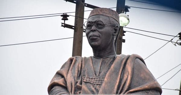 Hoodlums Steal Obafemi Awolowo's Glasses From His Statue