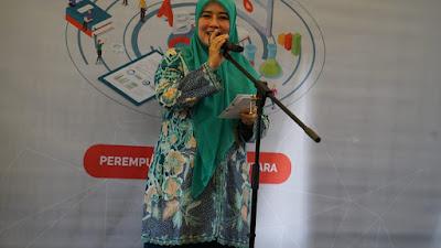 Lina Ruzhan Dukung Digitalisasi Sekolah