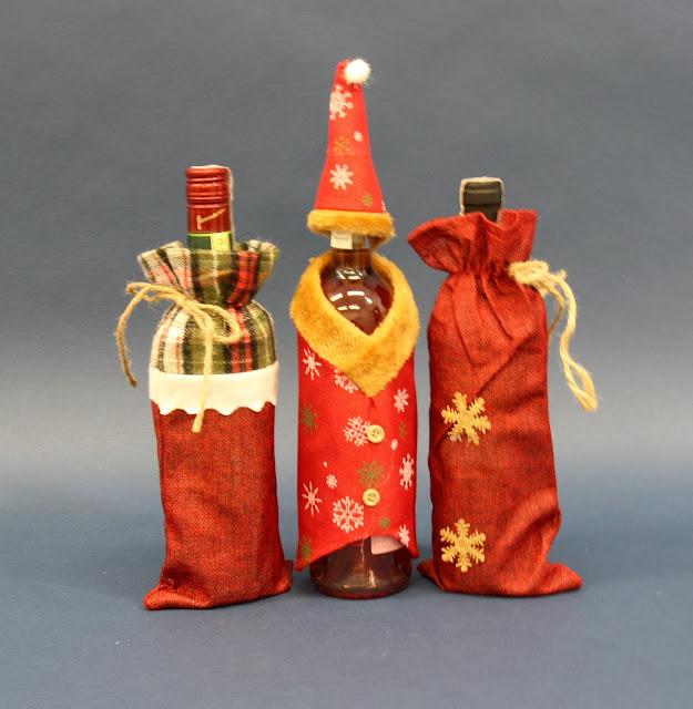 Ubranie świąteczne na butelkę