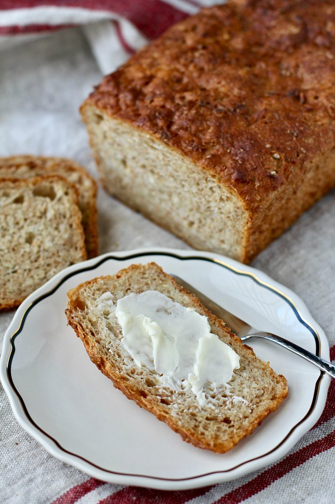 Oatmeal No-Knead Maple Bread