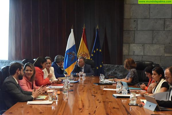 El Gobierno de Canarias mantendrá inalterados el número de sus miembros y las retribuciones en 2021