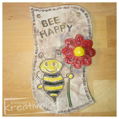 www.kleiner-kreativblog.de Bee happy-Schild