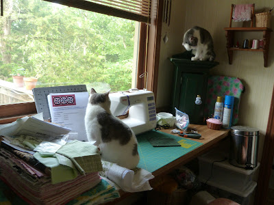CHQuilts: my quilting space with friends