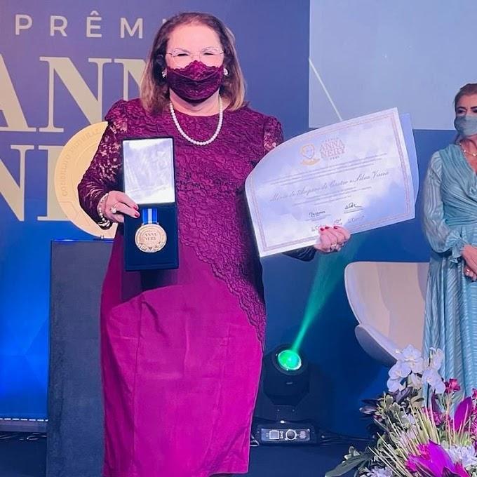 """Enfermeira Amparo Veira comenta conquista do Prêmio Anna Nery e lembra trajetória em Elesbão Veloso: """"foi muito gratificante"""""""
