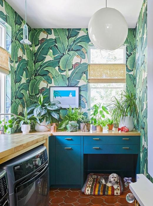 Coastal Laundry Room Palm Wallpaper Idea