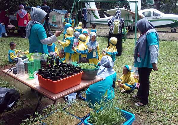 Wisata Edukasi Sentul Bogor Rumah Aren Bukit Pelangi Sentul