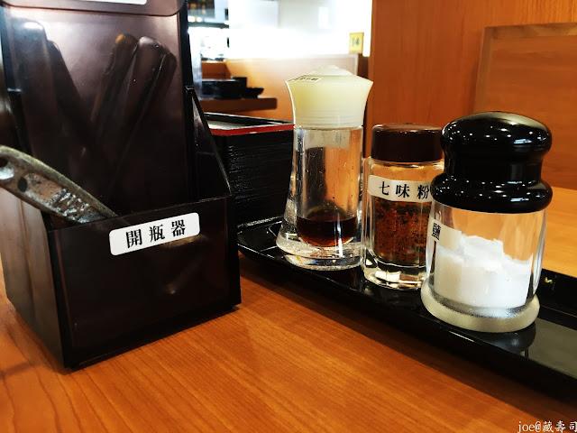 IMG 4031 - 【台中美食】來自日本的『藏壽司』讓你不只是單調的吃迴轉壽司,吃完還能玩遊戲喔! @迴轉壽司@日本連鎖@握壽司@日本道地