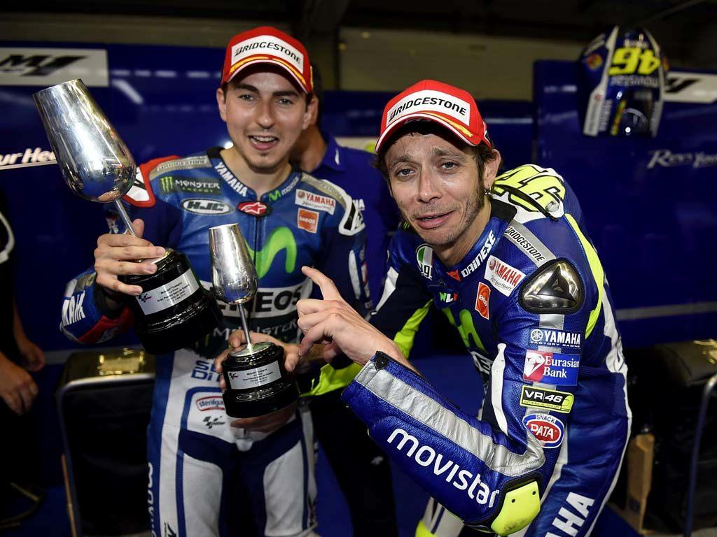 MotoGP : Persaingan sempat memanas dengan Rossi . . Lorenzo di isukan akan pindah ke Ducati ?