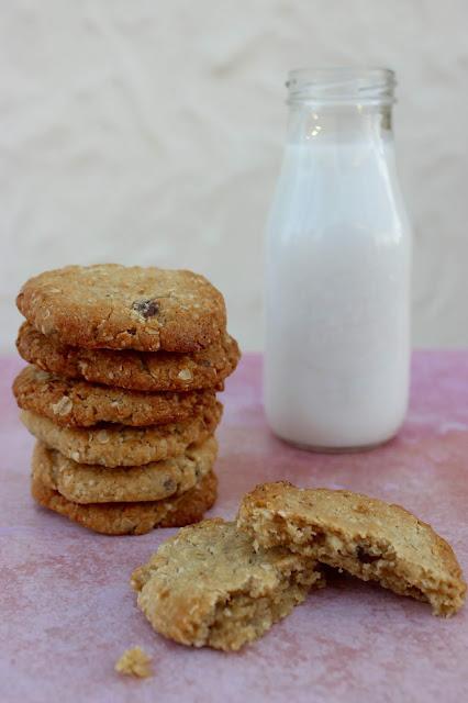 salted date tahini cookies