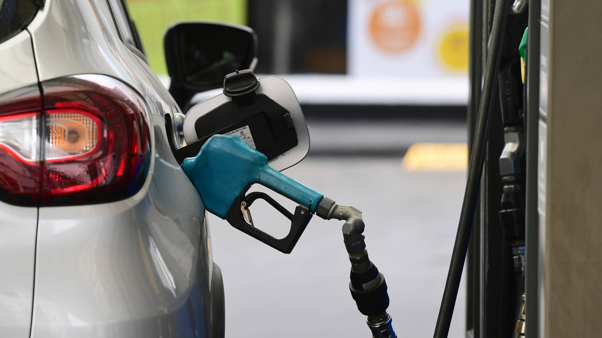 YPF aumentó el precio de los combustibles