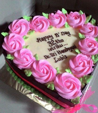 Cake Ulang Tahun Bunga