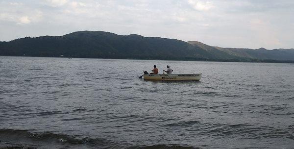 Pesca deportiva en Lago Los Molinos