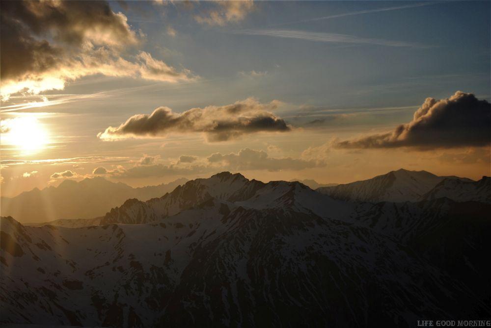 Alpy francuskie - historia jednego zachodu słońca.