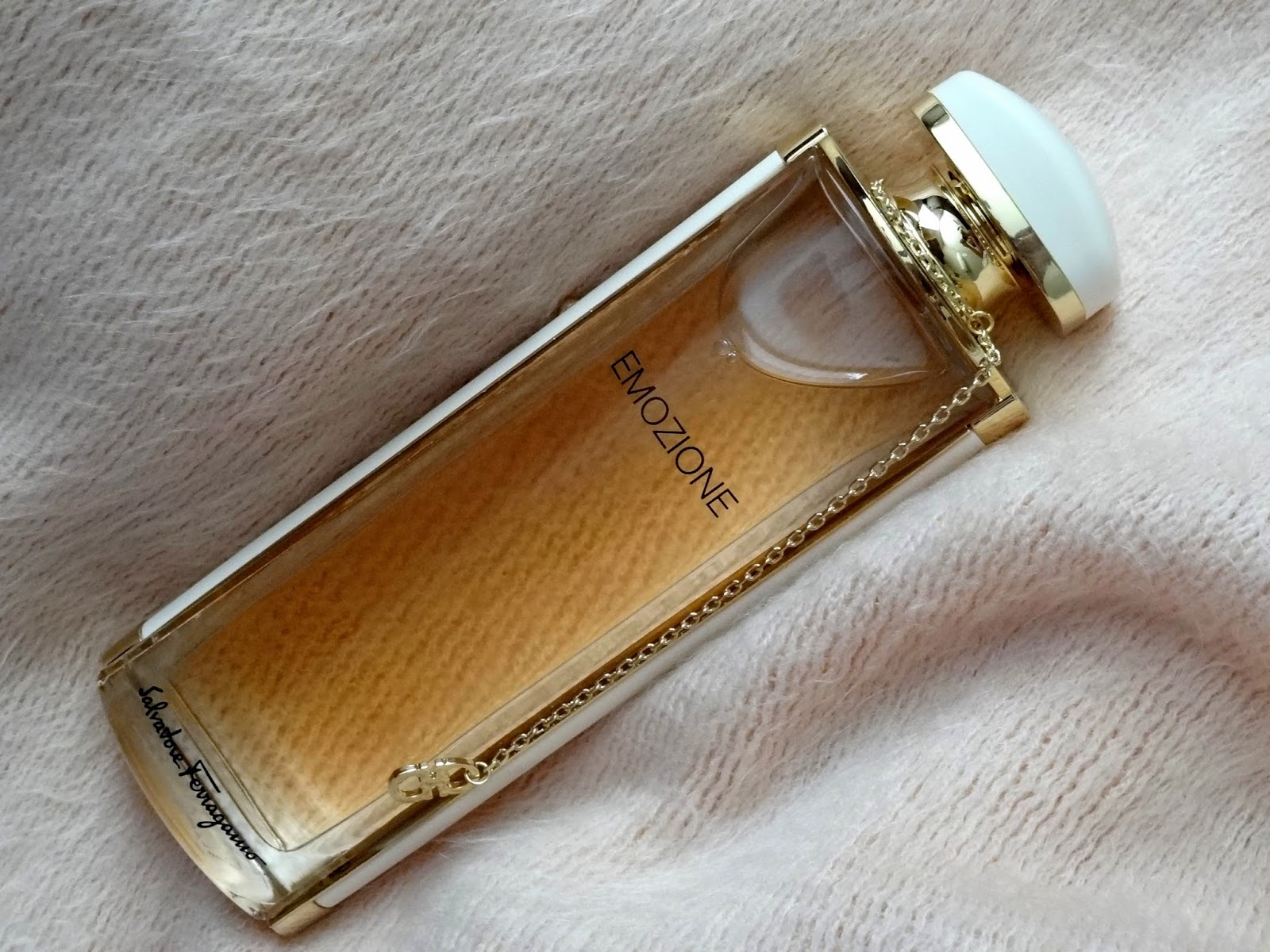 ferragamo emozione body lotion