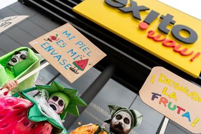 """Greenpeace propone ideas para el """"supermercado ideal"""": sin plásticos de uso único y con venta a gra"""