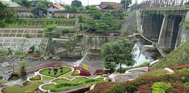 Taman Bunga Seribu Cinta