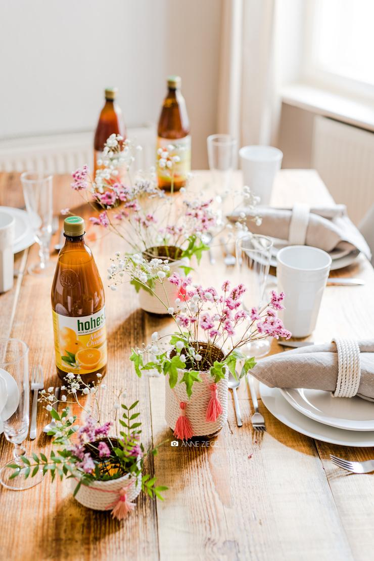 ch vre culinaire diy plastik flaschen upcycling vasen serviettenringe aus flaschen von. Black Bedroom Furniture Sets. Home Design Ideas