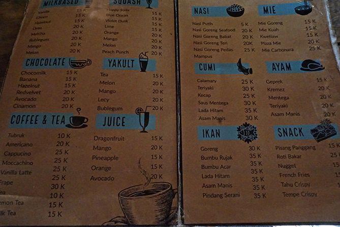 Daftar menu dan harga di Cafe Whaleys Bukit Love Karimunjawa