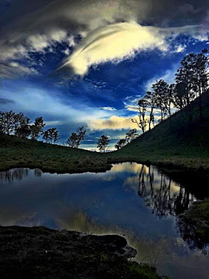 Gupak Menjangan - Telaga Air Jalur Pendakian Candi Cetho - Sabana Gunung Lawu