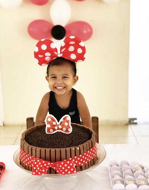 festa dyi, bolo de aniversário, bolo minnie, festa da minnie, faça você mesma