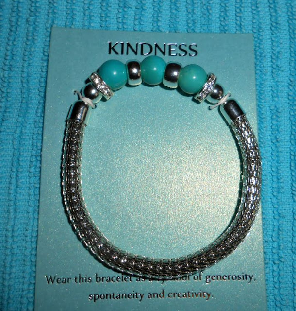 Avon Madison Anne Kindness Bracelet With Dolomite.
