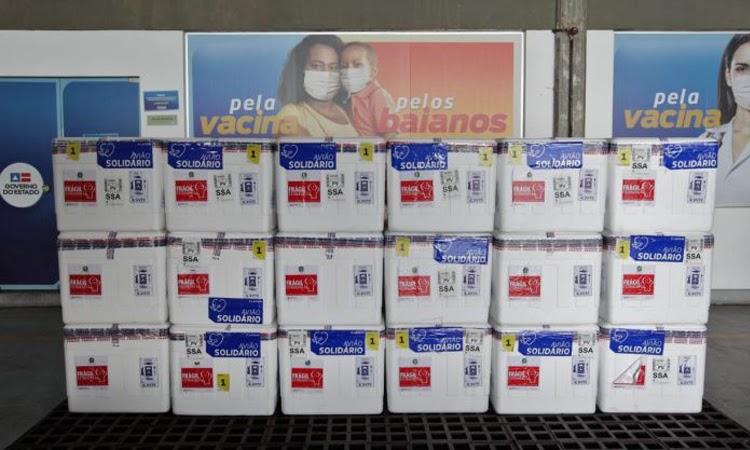 Bahia receberá 494.470 doses de vacina contra Covid-19 neste sábado