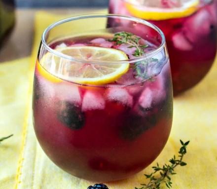 BLACKBERRY LEMON VODKA PUNCH DRINKS #cocktails #summerday