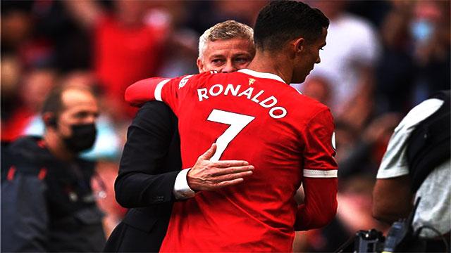 """مدرب """"مانشستر يونايتد"""" رونالدو سيلعب حتى سن الأربعين"""