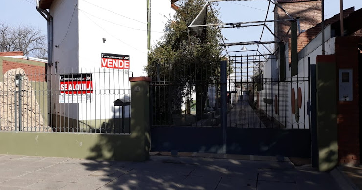 ALQUILO DUPLEX EN CAPITAL, SAN JUAN, ARGENTINA.-