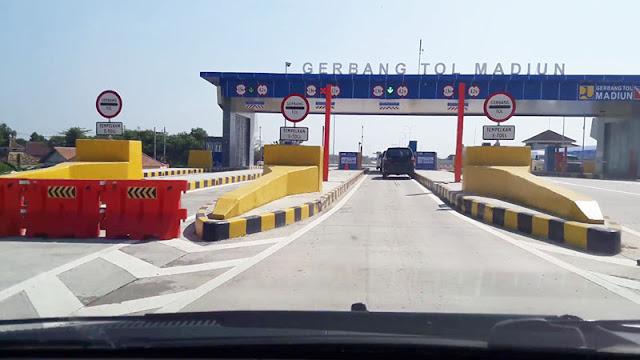 Gerbang tol Madiun