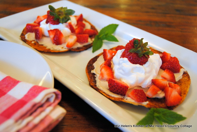 Strawberry Dessert Chalupa at Miz Helen's Country Cottage
