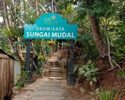 Pesona Keindahan Wisata Sungai Mudal Kulon Progo