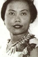 diamond fringe tiara thailand queen saovabha phongsri sirikit princess bejarantana