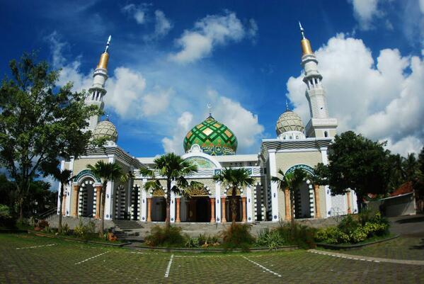 Masjid Agung Daarul Falah Kabupaten Pacitan, Jawa Timur